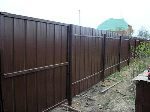 забор проф лист Иркутск,строительство заборов для дачи