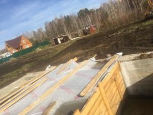 Ленточный фундамент под дом, строительство подвала